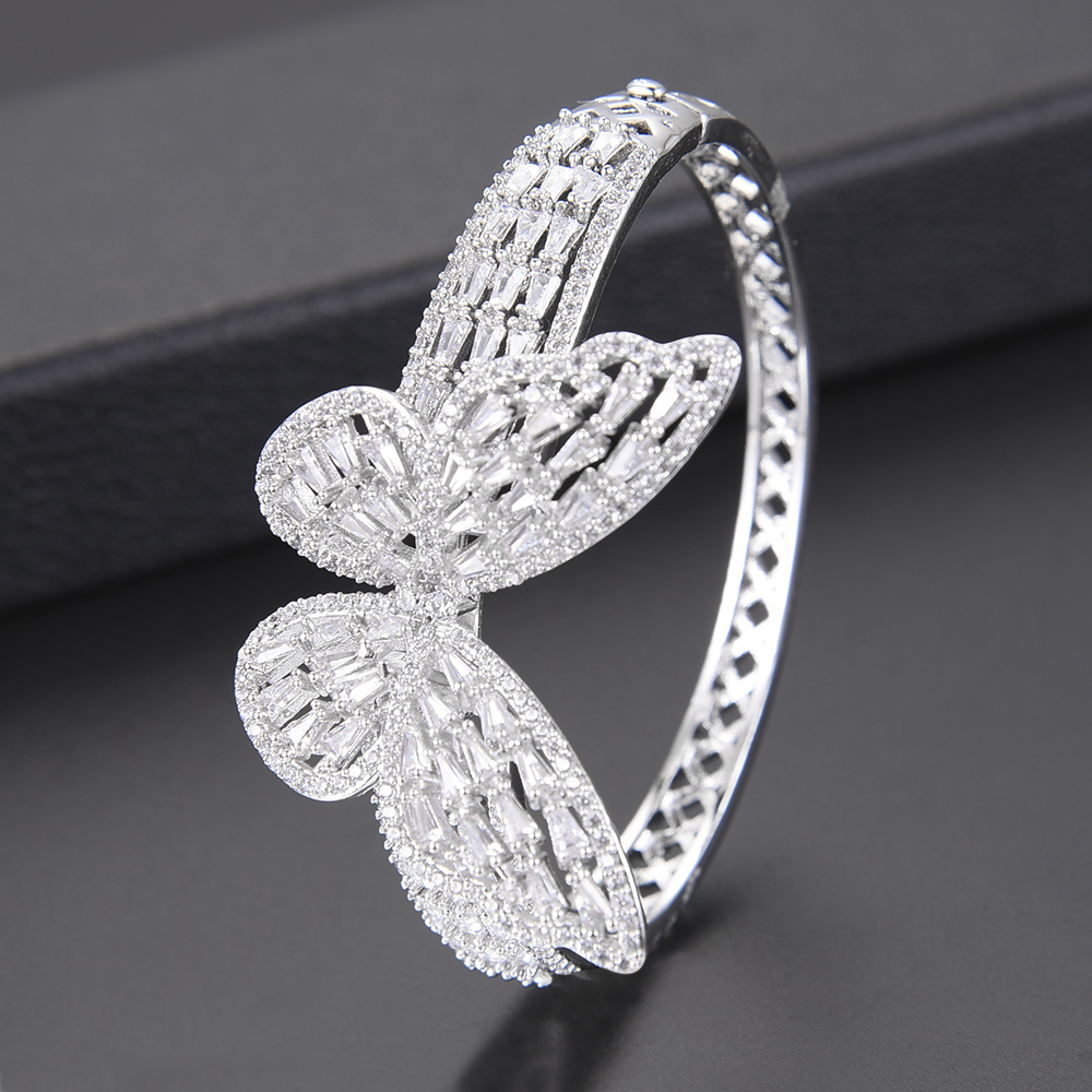 Deluxe woman bracelet and bangle Shape Butterfly Shape Hollow Full Cubic Zirconia Inlaid For Engagement bijoux femme