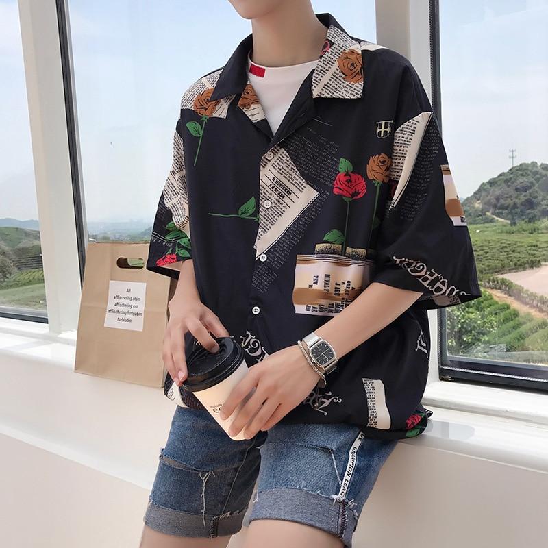 2017 النسخة الكورية من جديد في الصيف من اتجاهات الموضة الطباعة شخصية فضفاضة BF الرياح نصف كم قميص القطن الملابس