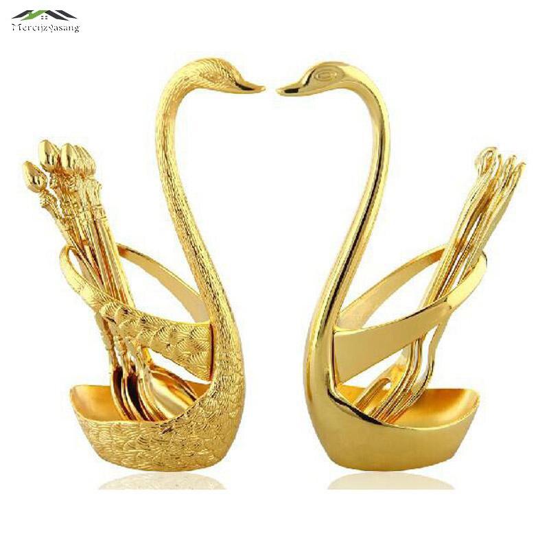 1 комплект злато лебед плодове вилица десертни комплект мода творчески костюми луксозни златни плодове десертни вили ножа качествен сватбен подарък