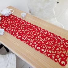 2018 New 102 x 29cm New Runner Placemats Table Mats Household Decorations Hollow Rectangle Shape Felt Tablecloth  For Home Table