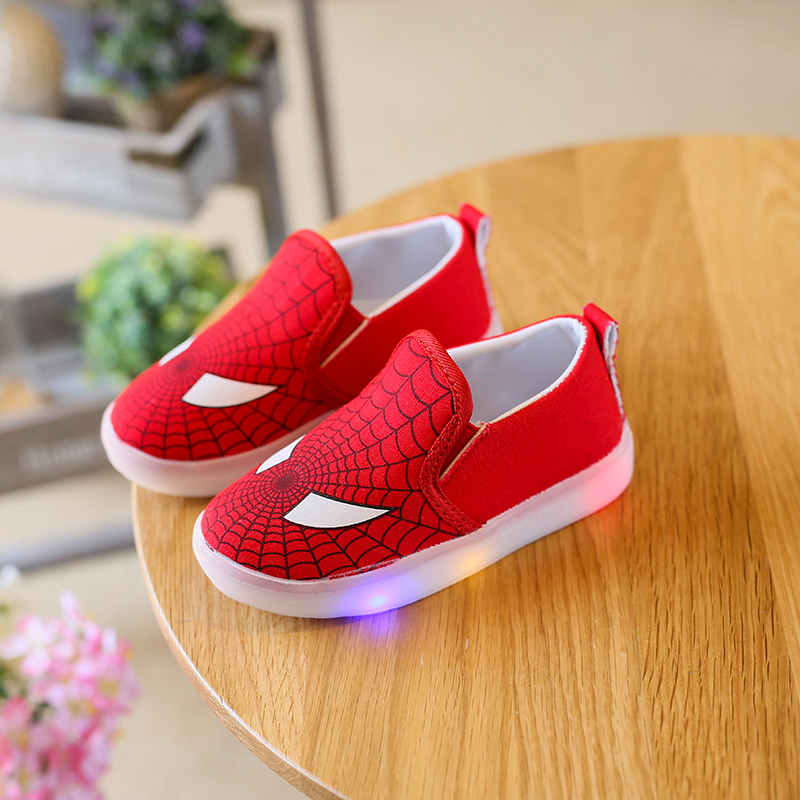 Children Shoes 2017 New Spring Autumn Canvas Spiderman Flasher Fashion Sports Sneakers For Kids Sport Brand Light Boys Shoes Led