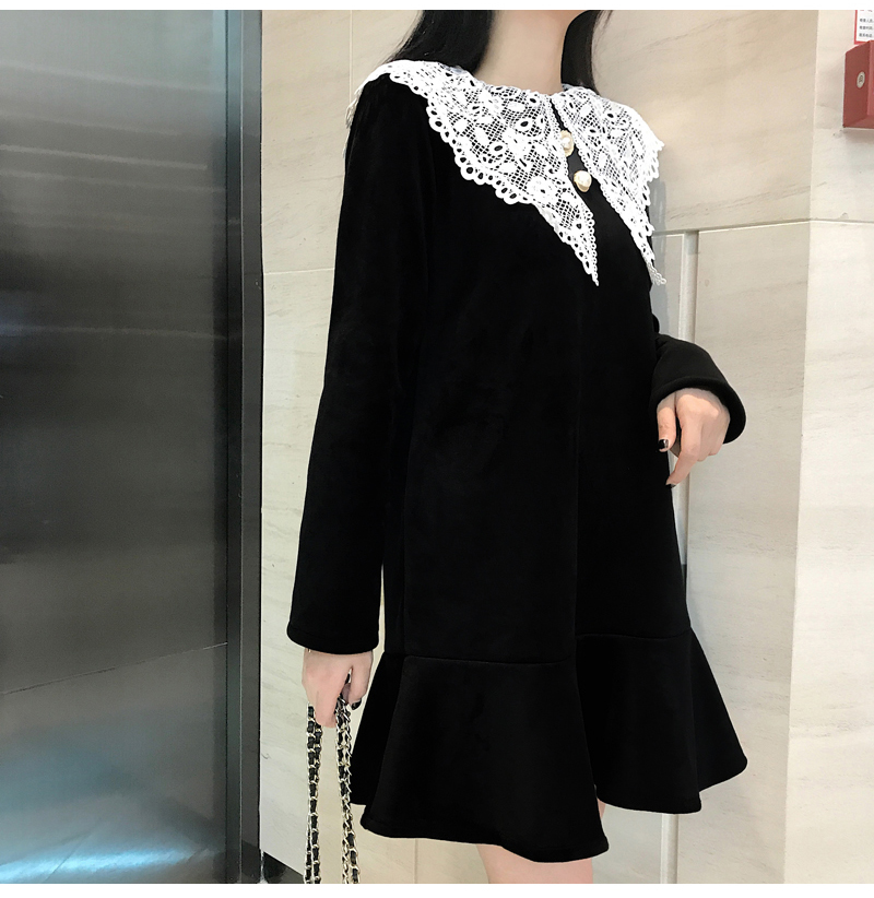 Gothic Style Women Velvet Dresses Black Velour Dress White Crochet Lace Collar Vestidos Mujer Loose Fitting Dress Plus Size (10)