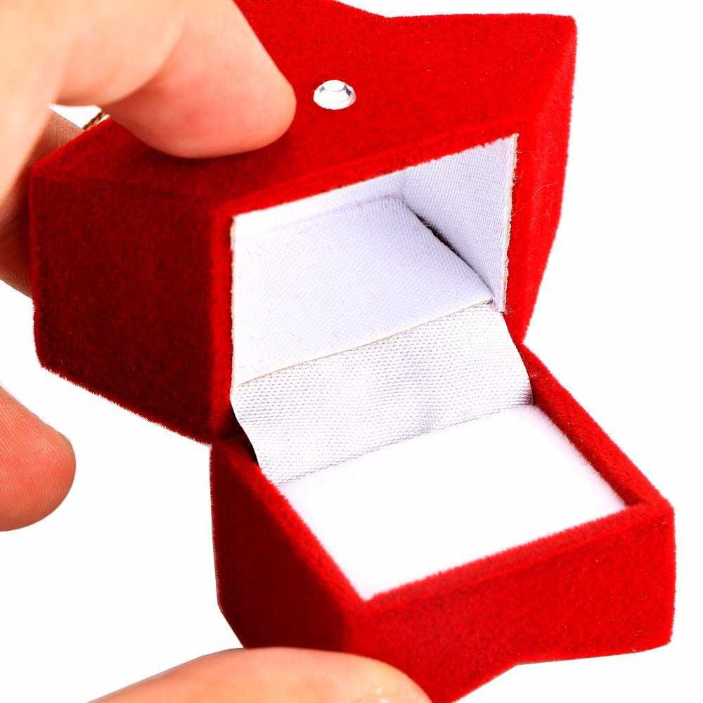 1Pcs Carino Rosso Speciale Cinque star Di Natale Pentagramma Composto di Materiale Scatola di Gioielli Orecchini Anelli Jewelry Box Packaging