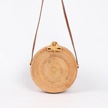 Ins Style Popular 2019 Round Straw Bags Women Rattan Bag Handmade Woven  Summer Beach Cross Body Bag Circle Bohemia Handbag Bali недорого