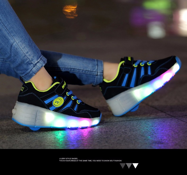High Quality Cheap Boys LED Sneakers With Wheels Kids Light Up Shoes Girls Roller Skates tenis de rodinha3