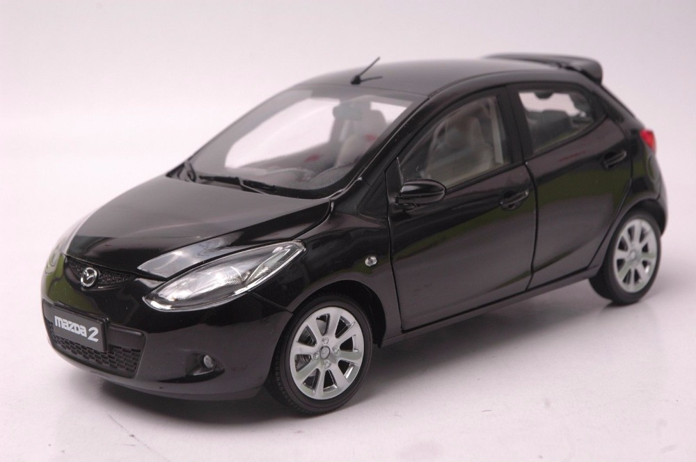 1:18 Diecast Model for Mazda 2 Black Hatchback Alloy Toy Car Miniature Collection Gifts maisto bburago 1 18 fiat 500l retro classic car diecast model car toy new in box free shipping 12035