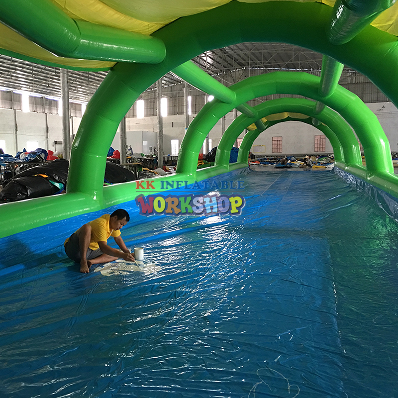 Water park inflatable taxiway