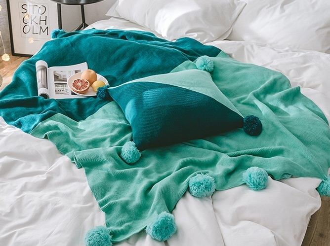 Nouvelle housse de canapé même housse de coussin avec peluche boule taie d'oreiller rose gris tricoté couverture jeter Plaids tricot couvertures literie