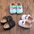 2016 Nuevo de Fashon Niño Los Zapatos de Niña Bordado Corazón Blanco Zapatos de Bebé Calzado Ninas Scarpe Bambina Niña Infantil Walker 0-18 M