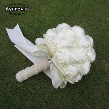 Kyunovia Succinct Satin Rose Bouquet Handmade Ribbon Rose Wedding flowers Lace Handle Ivory Bridesmaid Bridal Bouquets FE76