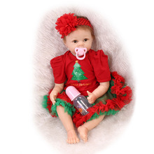 Nicery 22inch 55cm Reborn Baby Doll Magnetic Mouth Soft Silicone Lifelike Girl Toy Gift for Children Red Green Christmas Tree