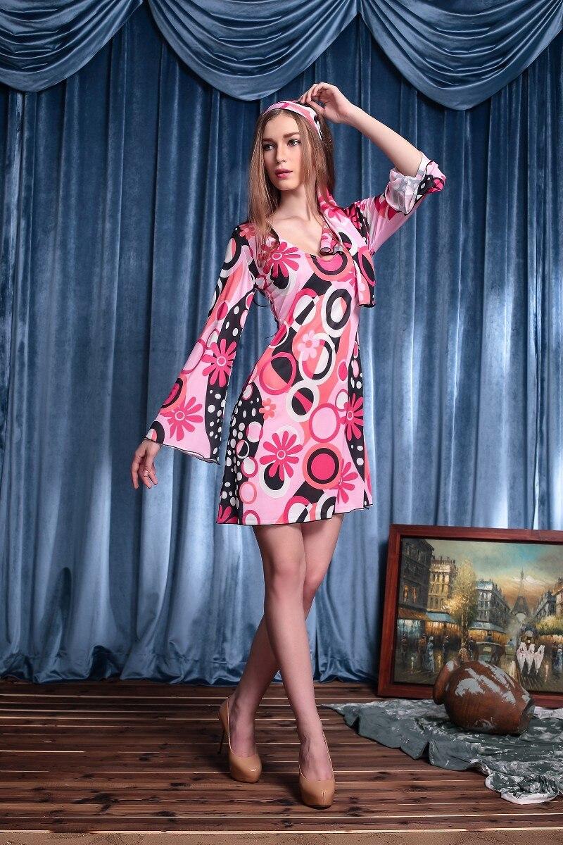 Платья и костюмы ретро
