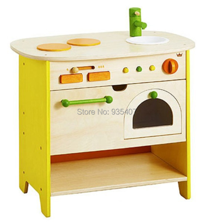 New wooden toy Wooden cabinet kitchen toy bBaby toy wooden kissing pigs toy