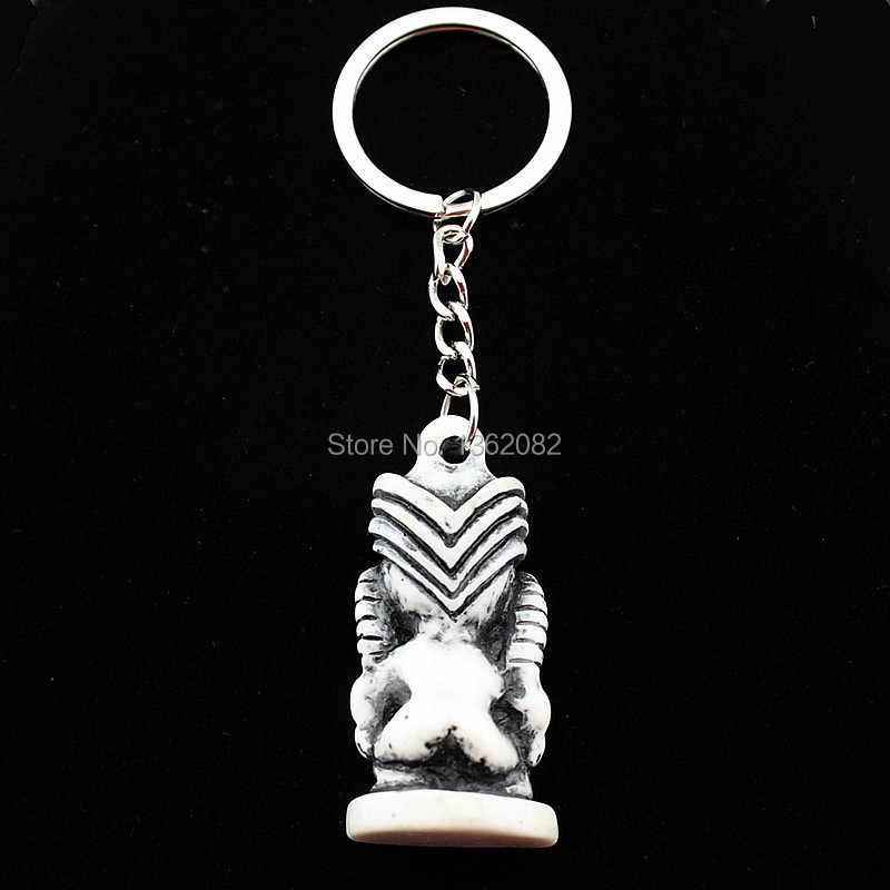 Hawaiian Style Tiki mann Auto Schlüsselanhänger Ketten Harz Geschnitzte Maori TIKI Schlüsselanhänger für kinder Geburtstagsgeschenk KR12