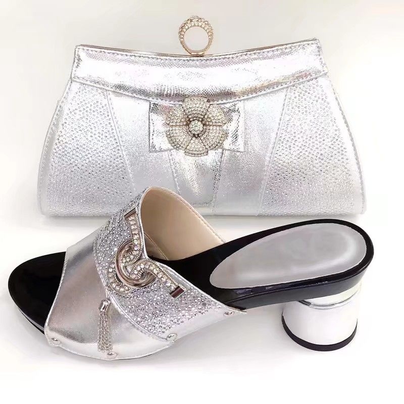 Hot sale silver women high heel shoes and bag with rhinestone decoration african pumps match handbag set V0887,heel 8CMHot sale silver women high heel shoes and bag with rhinestone decoration african pumps match handbag set V0887,heel 8CM