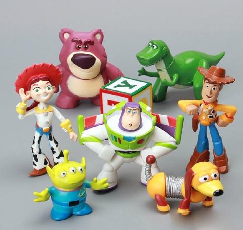 8 unids lote Toy Story 3 Buzz Lightyear Woddy extranjero verde figura de  acción juguetes f65aec10a92