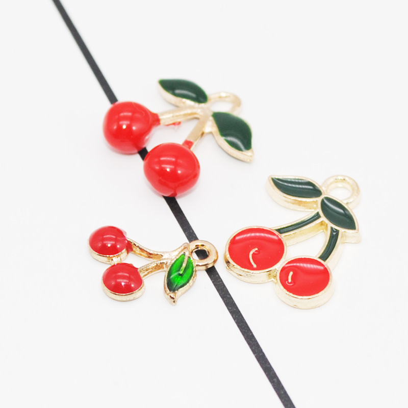Cherry Charm//Pendant Enamel /& Alloy Red//Green 16mm  3 Charms Accessory Jewellery