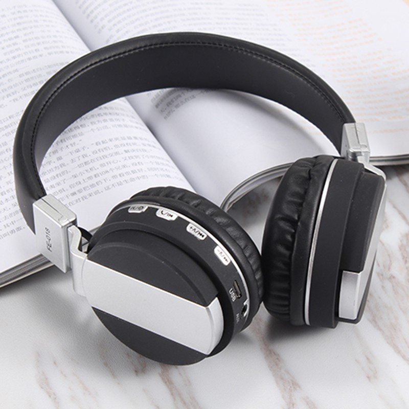Bluetooth 4.2 with FM SD Card Readable Music Wireless Headphone Foldable Stylish Earphone economic set original nia 8809s 8 gb micro sd card a set wireless headphone sport for tv with fm