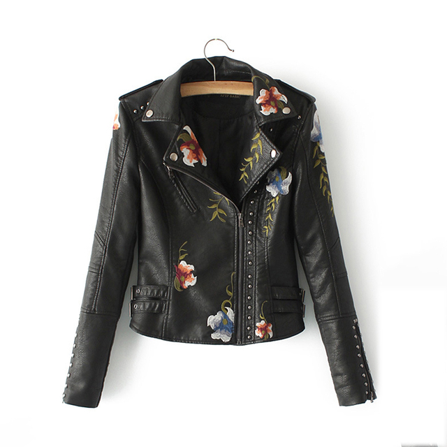2018 Short PU Jacket Women Motorcycle Embroidery Floral Print Europe Style Outerwear 2018 New Leather Zipper Slim Rivet PU Coat