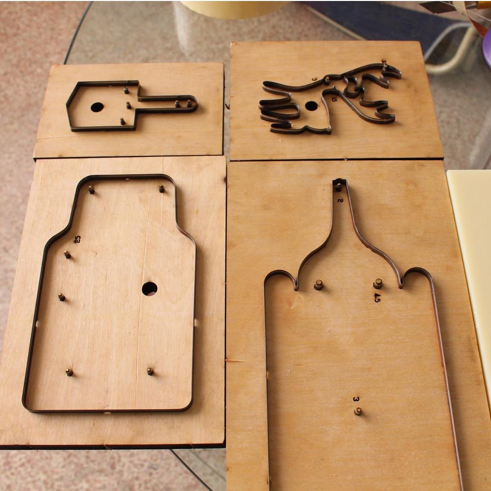 custom hole punch die