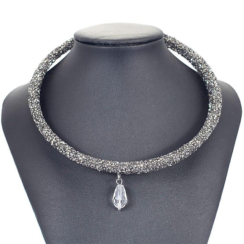 51b95e34b704 Collar de cristal de Gargantilla Único Diseñado Completo Crystal Rhinestone  Polvo Torques Collares Para Las Mujeres Regalo Joyería N1601