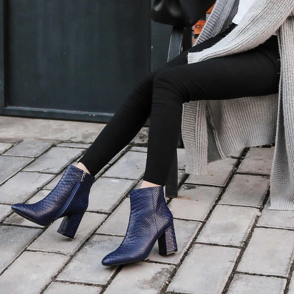 Donna-2019 yeni yarım çizmeler seksi yılan deri kadın ayakkabı kare ayak kalın yüksek topuk python kabartmalı hakiki deri çizmeler