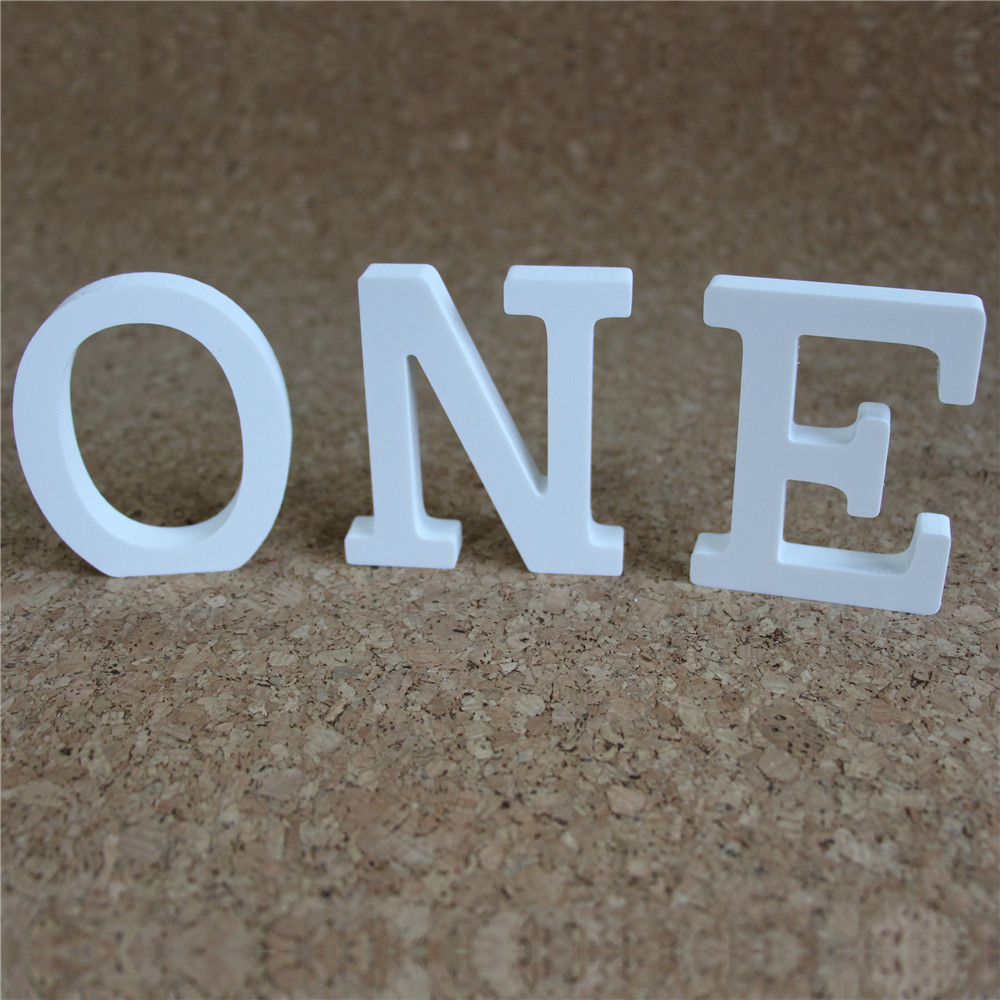 Купить с кэшбэком Free standing 15 CM artificial wood white letters artificial Wooden letter used for marking the name of wedding home decoration