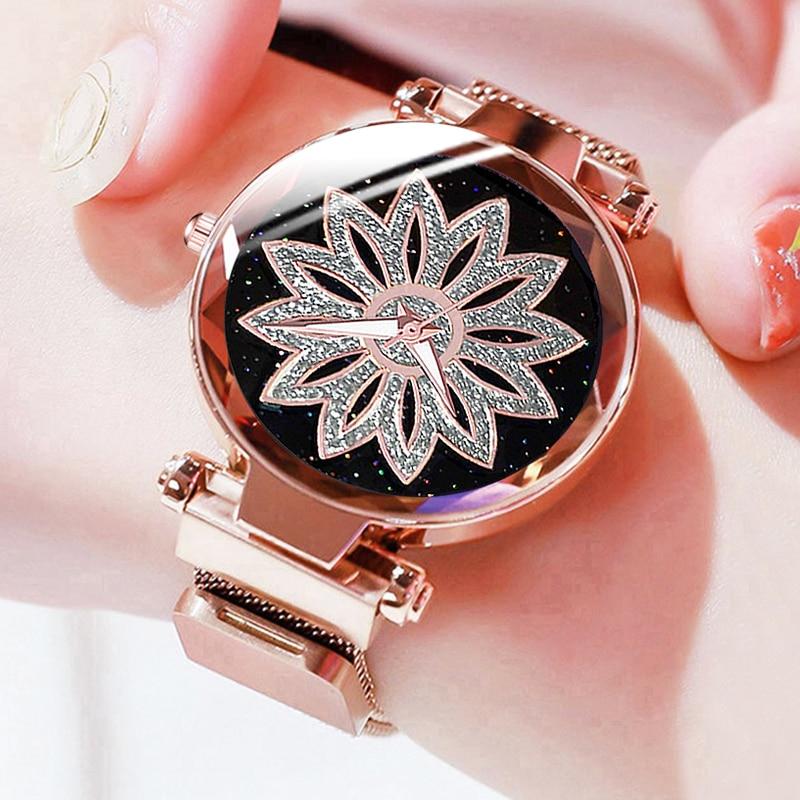 Personality Romantic Starry Sky Women Magnet Buckle Watches Fashion Ladies Rhinestone Flower Steel Mesh Belt Quartz Watch