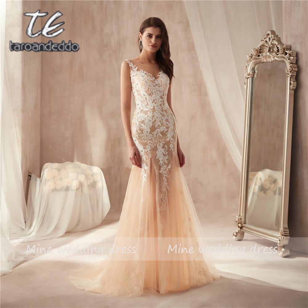Marvelous Tulle Lace Bateau Neckline See through Sheath Prom Dress Lace Appliques Champagne Evening Dress vestido