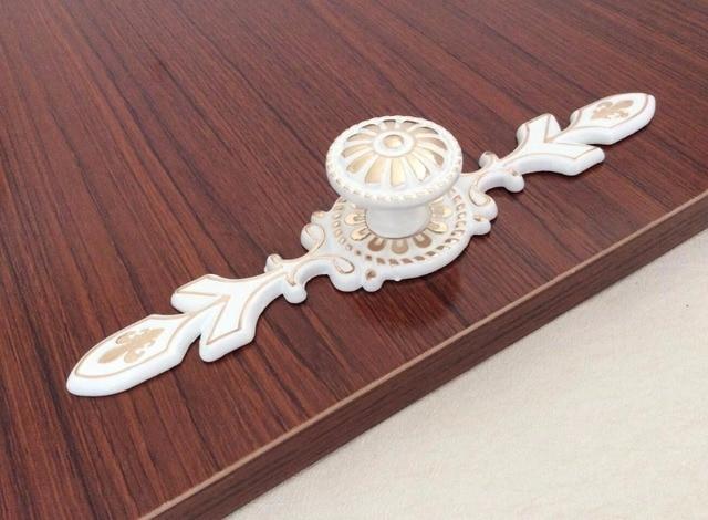 Us 48 Lvory Wit Goud Backplate Dressoir Pulls Handvatten Knopklichen Kast Trekt Handgrepen Kast Handvat Meubels Hardware In Lvory Wit Goud
