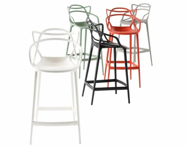 где купить YINGYI Free Shipping Modern Leisure PP Plastic Dining Bar Chair Black White Red Green Colors по лучшей цене