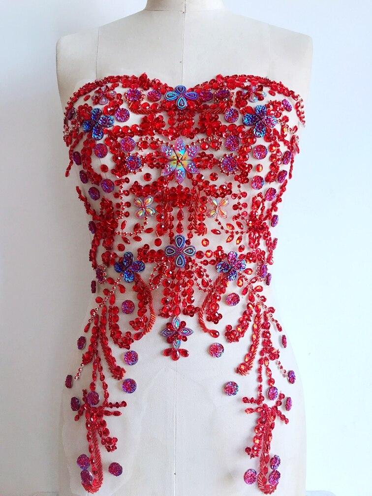 b60092f5bd9c Бесплатная доставка ручной кристалл патчи отделкой пришить красными  стразами аппликацией 47 31 см для платья аксессуары. Click here to Buy ...