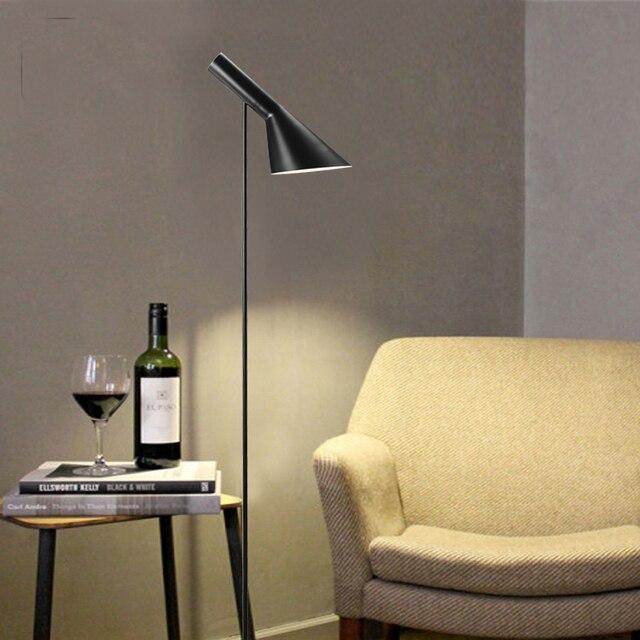 Post ModernDesign Louis Poulsen Arne Jacobsen AJ Floor Lamp Black/White  Metal Stand Light