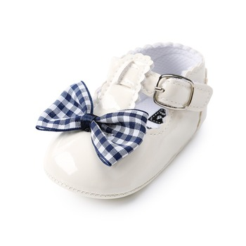 цена на 2018 Summer Baby Girl Shoes Butterfly-knot PU Leather Shallow Soft Sole First Walkers Buckle Strap Princess Shoes Wholesale