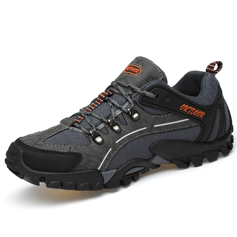 цена на RAX Outdoor Breathable Hiking Shoes Men Lightweight Walking Trekking Wading Shoes Sport Sneakers Men Mountain Outdoor Sneakers