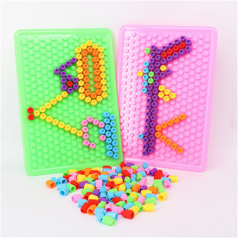 200pcs/set Plastic Building Blocks Toys DIY Bricks Montessori Educational Kids Assembly Toy With Base Plates Children Juguetes 2016 kids diy toys plastic building blocks toys bricks set electronic construction toys brithday gift for children 4 models in 1