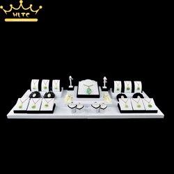 Schmuck Display Weiß PU Leder Halskette Pendnat Ständer Ohrring Halter Ring Schmuck Schaufenster Organizer Fall 100*36*16 cm