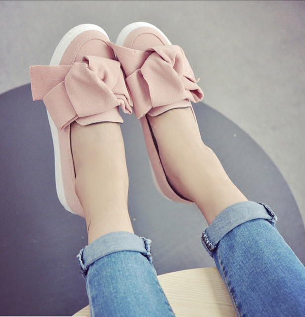 Casual Bow Tie Flat Suede Shoes