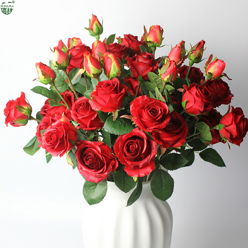 (EXTRA 10% OFF / 3LOTS) 7/5 piezas (3 cabezas) Lovely Small Valentine / Home / Wedding Decoration Artificial Látex Real Touch Rose Flower