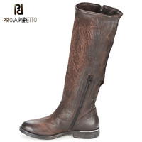 Prova Perfetto осень зима Новый стиль пряжки ремня британского рыцарские сапоги на низком каблуке из натуральной кожи до колена мотоциклетные сап
