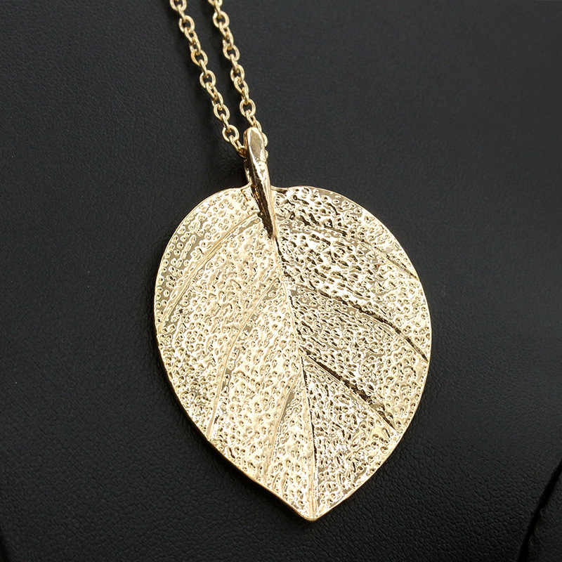 Leaf Necklace Women Long Chain Big Statement Pendant Choker Leaves Charm Female Jewelry Accessory