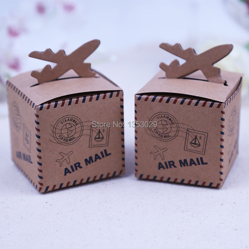 50pcs/lot Vintage Natrual Kraft Paper Candy Box Travel Themed Air Mail Wedding Candy Boxes Rustic Wedding Centerpiece Chic Decor