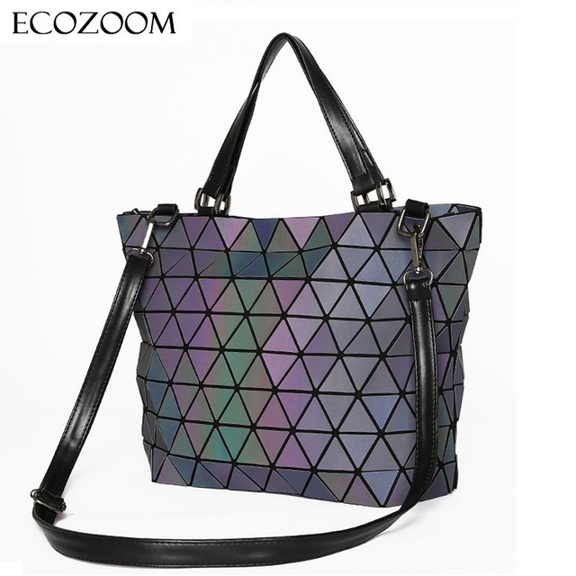 Matte Women Laser Geometry Bag Sequins Mirror Saser Plaid Folding Shoulder  Bags Luminous Handbag Diamond Casual Tote Bucket Bag 7d9eb32024598