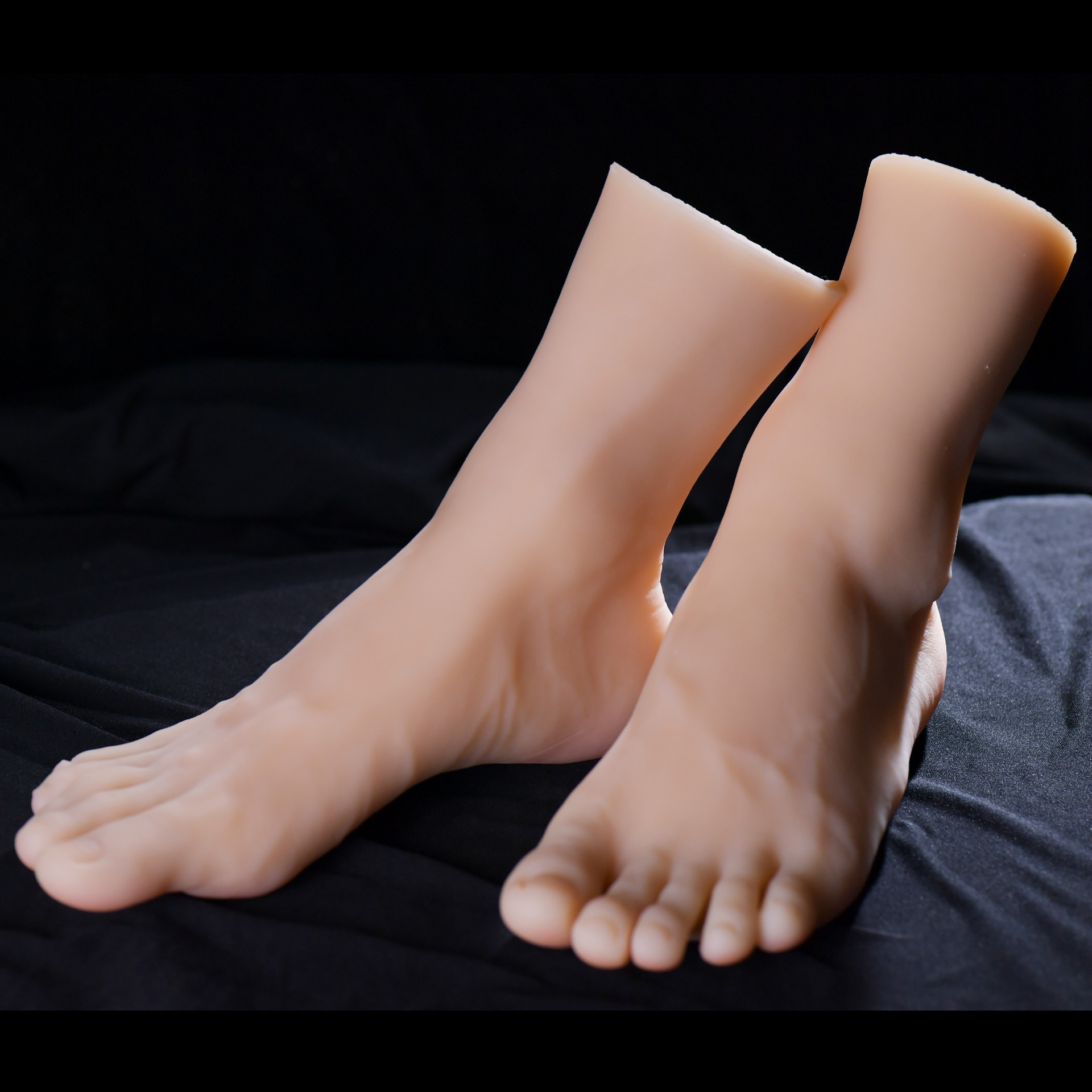 KnowU 1pcs Right or Left Male foot Model 3D Flexible 1:1 Adult Mannequin Fake foot Skin Texture Display Model