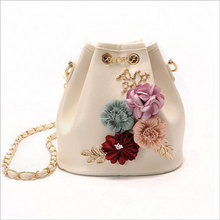 Moda mujer Messenger Bolsas buena calidad bolsa de hombro femenino señoras cadena clutche flor pequeña cruz perla Bolsas bolsos