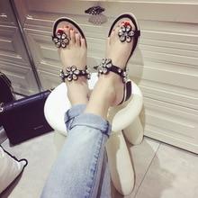 Bright Rhinestones Sandals Women 2016 New Summer Flowers Korean Elegant All Match Toe Sandals Size 35