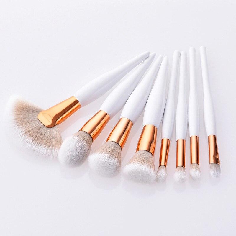 8Pcs/Set Luxury Makeup Brush Kit Soft Synthetic Head Wood Handle Brushes Fan Flat Brush Set For Women Eyeshadow Facial Make Up
