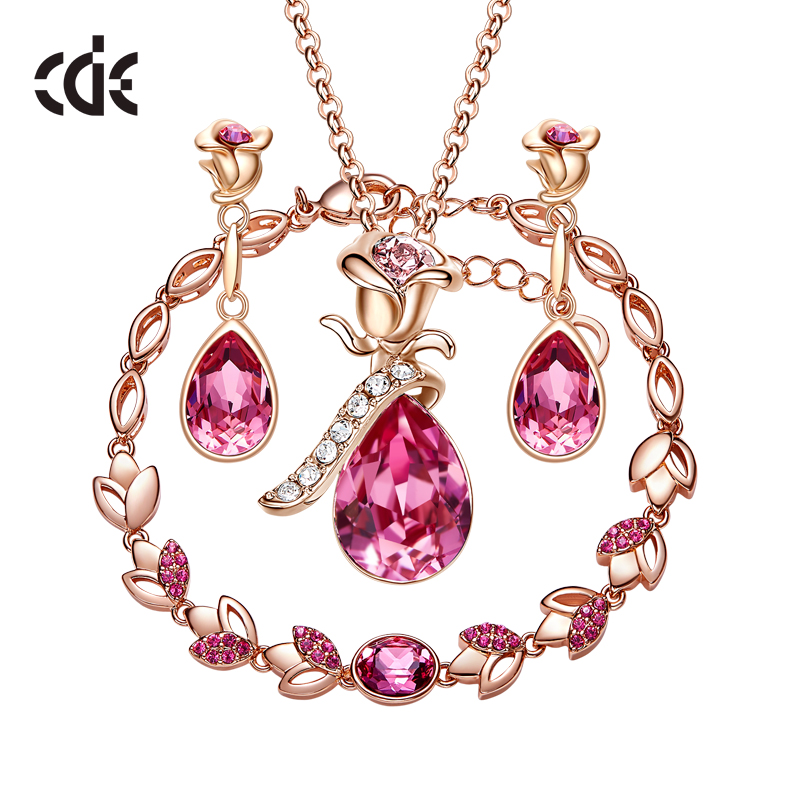 Cde Women Gold Jewelry Set Embellished With Crystals From