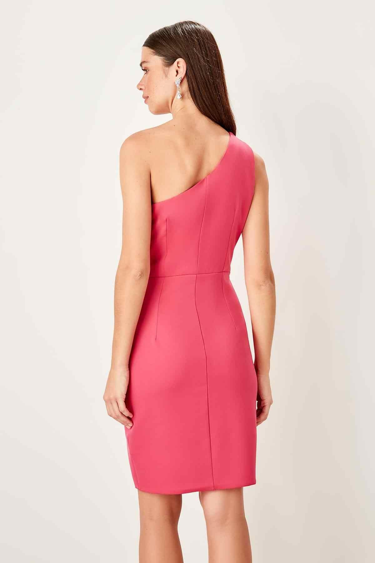Платье с воротником фуксии Trendyol TPRSS19UT0112