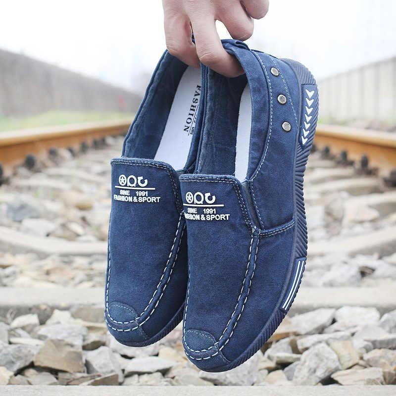 2019 Denim męskie buty płótnie męskie letnie męskie trampki Slip On oddychające buty w stylu casual męskie mokasyny Chaussure Homme Plus rozmiar 45